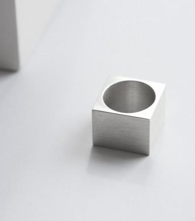 Перстень «КУБ»